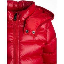 Polo Ralph Lauren OUTERWEAR JACKET Kurtka puchowa red. Czerwone kurtki chłopięce zimowe marki Polo Ralph Lauren, z materiału. W wyprzedaży za 434,85 zł.