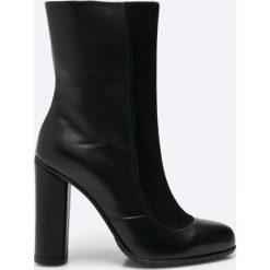 Gino Rossi - Botki. Czarne buty zimowe damskie marki Gino Rossi, z materiału, na obcasie. W wyprzedaży za 299,90 zł.