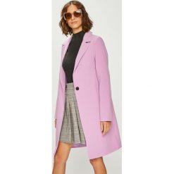 Answear - Płaszcz Violet Kiss. Różowe płaszcze damskie ANSWEAR, l, z elastanu, klasyczne. W wyprzedaży za 189,90 zł.