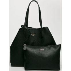 Guess Jeans - Torebka Vikky. Czarne shopper bag damskie Guess Jeans, z aplikacjami, z bawełny, do ręki, duże. Za 629,90 zł.