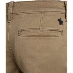 Abercrombie & Fitch Szorty medium khaki. Brązowe spodenki chłopięce Abercrombie & Fitch, z bawełny. Za 129,00 zł.