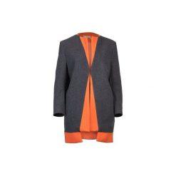 Szaro - pomarańczowy płaszcz z wełny. Niebieskie płaszcze damskie wełniane marki Reserved. Za 1300,00 zł.