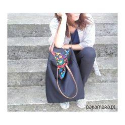 Torba black folk. Czarne torebki klasyczne damskie marki Pakamera, z bawełny. Za 95,00 zł.