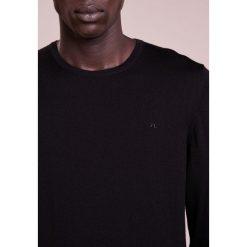 J.LINDEBERG Sweter black. Czarne swetry klasyczne męskie J.LINDEBERG, m, z materiału. Za 419,00 zł.