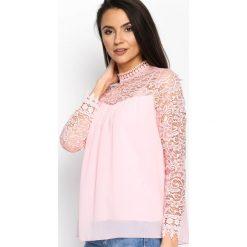 Różowa Bluzka Appeal. Czerwone bluzki koronkowe marki Born2be, s, ze stójką, z długim rękawem. Za 59,99 zł.
