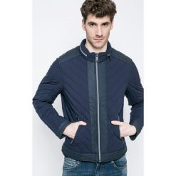 Guess Jeans - Kurtka. Szare kurtki męskie jeansowe marki Guess Jeans, l, z aplikacjami. W wyprzedaży za 459,90 zł.