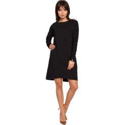 ELI Sukienka asymetryczna czarna. Czarne sukienki asymetryczne BE, l, z asymetrycznym kołnierzem, z krótkim rękawem, mini. Za 139,99 zł.