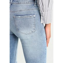 Rurki damskie: Missguided ANARCHY MID RISE STEPPED  Jeans Skinny Fit blue