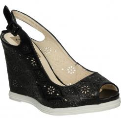 SANDAŁY CASU VICES X785. Brązowe sandały damskie marki vices, z materiału, ze szpiczastym noskiem, na wysokim obcasie, na obcasie. Za 39,99 zł.