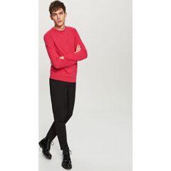 Gładki sweter - Pomarańczo. Czerwone swetry klasyczne męskie Reserved, l. W wyprzedaży za 59,99 zł.