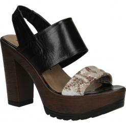 SANDAŁY NESSI 66505. Czarne sandały damskie marki Nessi, z materiału, na obcasie. Za 159,99 zł.