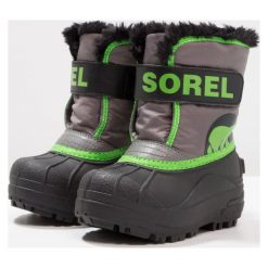 Sorel SNOW Śniegowce quarry/cyber green. Szare buty zimowe chłopięce Sorel, z materiału. W wyprzedaży za 142,35 zł.