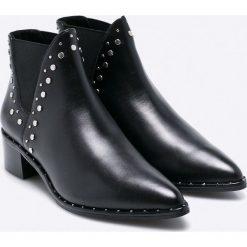 Steve Madden - Botki Doruss. Czarne buty zimowe damskie marki Steve Madden, z materiału. W wyprzedaży za 359,90 zł.
