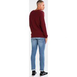Knowledge Cotton Apparel CHECK ROUND NECK  Sweter tawny red. Czerwone kardigany męskie Knowledge Cotton Apparel, m, z bawełny. Za 419,00 zł.