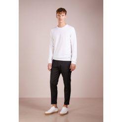 JOOP! DENNY Sweter offwhite. Białe swetry klasyczne męskie JOOP!, m, z materiału. Za 419,00 zł.