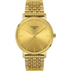 RABAT ZEGAREK TISSOT Everytime T109.410.33.021.00. Żółte zegarki męskie marki TISSOT, ze stali. W wyprzedaży za 1100,00 zł.