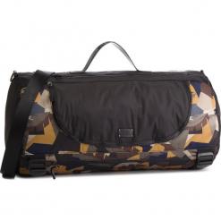 Torba GUESS - TM6582 POL91  BML. Czarne torebki klasyczne damskie Guess, z aplikacjami, z materiału. Za 559,00 zł.