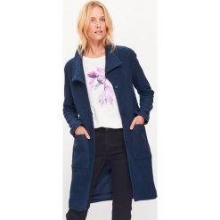 Płaszcze damskie pastelowe: Płaszcz w kolorze granatowym