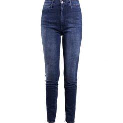 Mother SWOONER COIN POCKET Jeans Skinny Fit moonlust privateer. Niebieskie rurki damskie Mother. W wyprzedaży za 1079,20 zł.