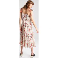Długie sukienki: Cream ALALA  Długa sukienka smoke sand