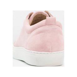 Tenisówki męskie: Shoe The Bear COLE Tenisówki i Trampki washed pink