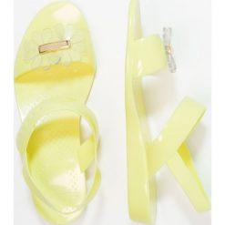Rzymianki damskie: LEMON JELLY SPRING Sandały kąpielowe baby yellow