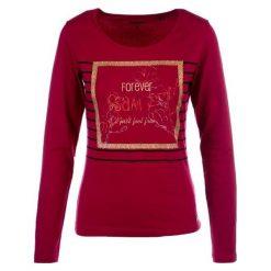Sam73 Bluzka Damska ltsm439454sm L. Czerwone bluzki sportowe damskie sam73, l, z długim rękawem. Za 85,00 zł.