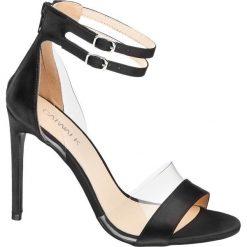 Sandałki na obcasie Catwalk czarne. Czarne sandały damskie marki Catwalk, z materiału, na obcasie. Za 104,00 zł.