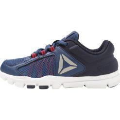 Reebok YOURFLEX TRAIN 9.0 Obuwie treningowe washed blue/navy/red. Niebieskie buty sportowe chłopięce marki Reebok, z materiału, reebok yourflex. Za 149,00 zł.