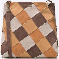 Pepe Jeans - Torebka skórzana. Brązowe torebki klasyczne damskie Pepe Jeans, w paski, z bawełny, średnie, zamszowe. W wyprzedaży za 299,90 zł.
