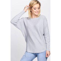 Swetry klasyczne damskie: Szary Sweter Right Me