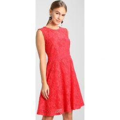 Sukienki hiszpanki: Dorothy Perkins Petite DRESS SLEEVELESS Sukienka letnia red