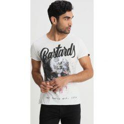 T-shirty męskie z nadrukiem: Key Largo BASTARDS Tshirt z nadrukiem offwhite