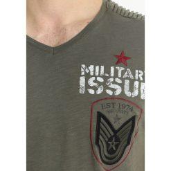 T-shirty męskie z nadrukiem: Key Largo ISSUE Tshirt z nadrukiem oliv
