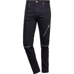 Marc Jacobs Jeansy Slim Fit black. Czarne jeansy męskie Marc Jacobs. W wyprzedaży za 926,55 zł.