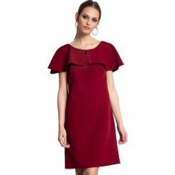 Sukienka w kolorze bordowym. Czerwone sukienki na komunię marki Almatrichi, s, z dekoltem na plecach, midi, proste. W wyprzedaży za 199,95 zł.
