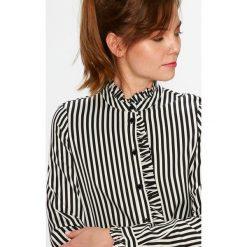 Vero Moda - Koszula Lizette. Różowe koszule damskie marki Vero Moda, l, w paski, z tkaniny, casualowe, ze stójką, z długim rękawem. W wyprzedaży za 79,90 zł.