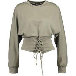 Swetry klasyczne damskie: Bardot MILA Sweter khaki