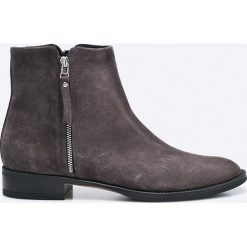 Gino Rossi - Botki Nevia. Czarne buty zimowe damskie marki Gino Rossi, z materiału, na obcasie. W wyprzedaży za 339,90 zł.