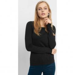Lekki sweter z wiązaniem. Czarne swetry klasyczne damskie marki Orsay, xs, z bawełny, z dekoltem na plecach. Za 59,99 zł.