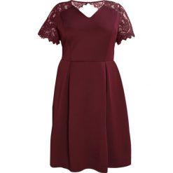 Sukienki hiszpanki: Dorothy Perkins Curve SLEEVE FIT & FLARE Sukienka letnia burgundy