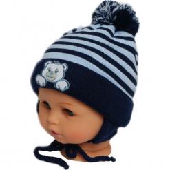 Czapka niemowlęca z szalikiem CZ+S 010E. Czarne czapeczki niemowlęce marki Proman. Za 36,70 zł.