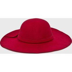 Answear - Kapelusz Falling In Autumn. Szare kapelusze damskie marki ANSWEAR, z materiału. W wyprzedaży za 39,90 zł.