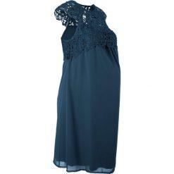 Sukienka ciążowa na uroczyste okazje bonprix ciemnoniebieski. Niebieskie sukienki ciążowe marki bonprix, z koronki, eleganckie, moda ciążowa. Za 149,99 zł.