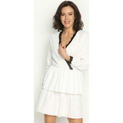 Sukienki: Biała Sukienka Deep Love
