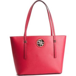 Torebka GUESS - HWVG71 86230 CNR. Czerwone torebki klasyczne damskie Guess, z aplikacjami, ze skóry ekologicznej. Za 599,00 zł.