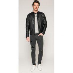 Jack & Jones - Jeansy Glenn. Białe jeansy męskie relaxed fit marki Jack & Jones. W wyprzedaży za 89,90 zł.