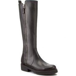 Oficerki KARINO - 2518/076-F Czarny/Lico. Czarne buty zimowe damskie marki Kazar, ze skóry, na wysokim obcasie. W wyprzedaży za 339,00 zł.