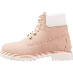 Lumberjack RIVER Botki sznurowane pink/white. Czarne buty zimowe damskie marki Lumberjack. W wyprzedaży za 164,45 zł.