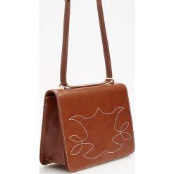 Torebka z wyszywanym wzorem - Pomarańczo. Szare torebki klasyczne damskie Reserved. Za 99,99 zł.